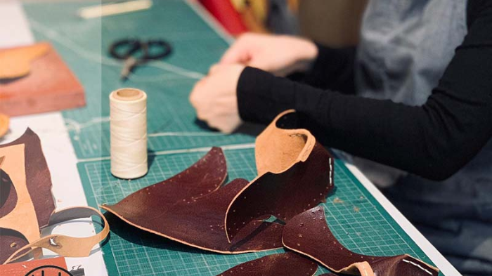 Shoe In: A Do-It-Yourself Leather  Sandal Workshop